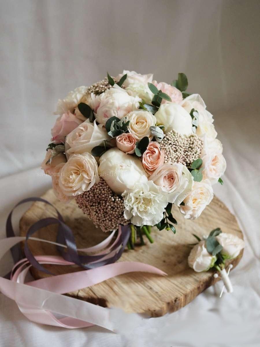 Доставка, свадебный букет испанских невесты из розы